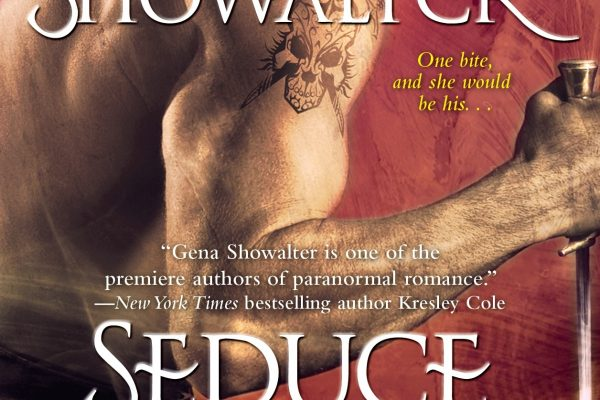 Review: Seduce the Darkness by Gena Showalter