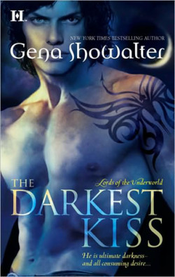 Review: The Darkest Kiss by Gena Showalter