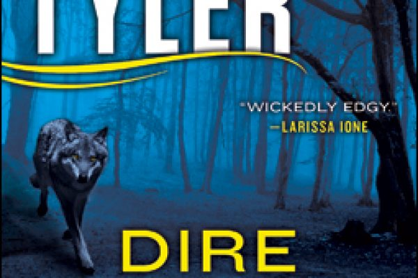Review + Giveaway: Dire Warning by Stephanie Tyler