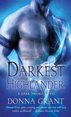 Review: Darkest Highlander by Donna Grant