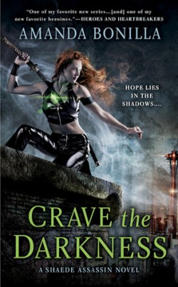 ARC Review: Crave the Darkness by Amanda Bonilla