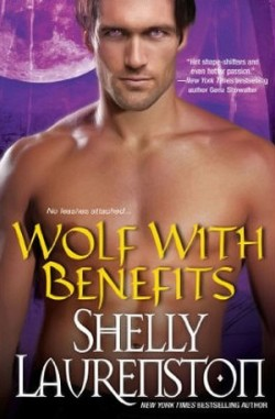 ARC Review: Wolf with Benefits by Shelly Laurenston