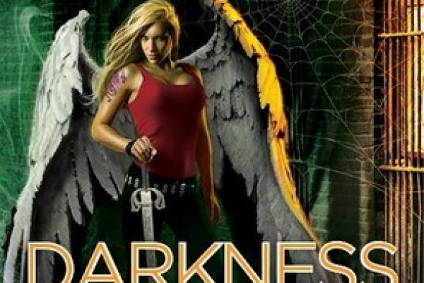 Review: Darkness Unmasked by Keri Arthur