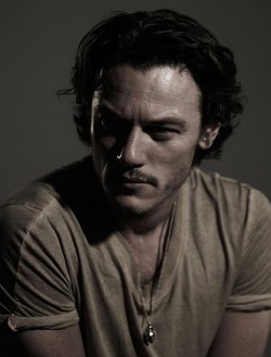 luke-evans-993859012-10-times-you-wanted-luke-evans-to-suck-your-blood