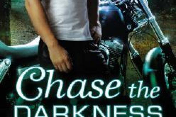 ARC Review: Chase the Darkness by J.D. Tyler