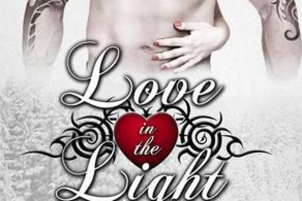 Weekend Highlight: Love in the Light by Laura Kaye
