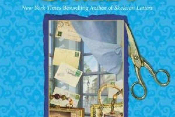 Review: Postcards from the Dead by Laura Childs