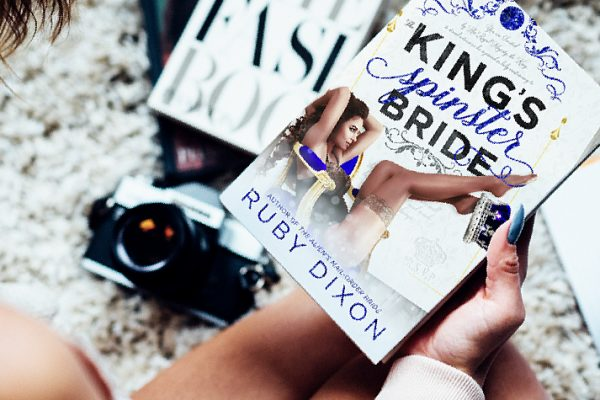 Review: The King's Spinster Bride by Ruby Dixon
