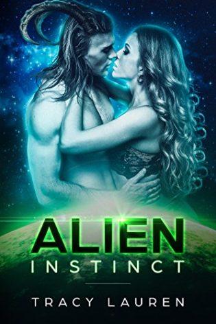 Review: Alien Instinct by Tracy Lauren