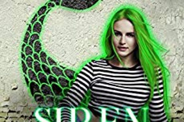 Siren Misfit by Eve Langlais