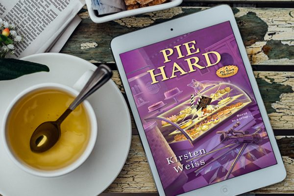 ARC Review: Pie Hard by Kirsten Weiss