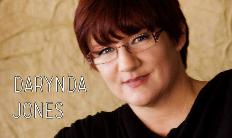Interview + Giveaway with Darynda Jones!