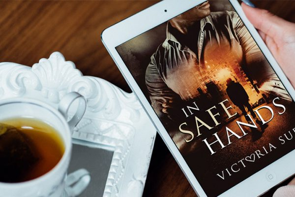 ARC Review: In Safe Hands by Victoria Sue