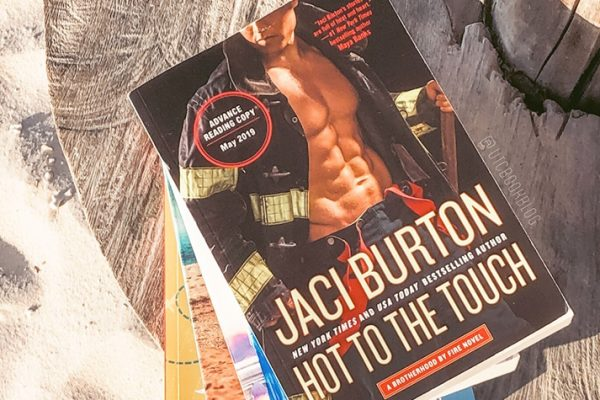 ARC Review: Hot to the Touch by Jaci Burton