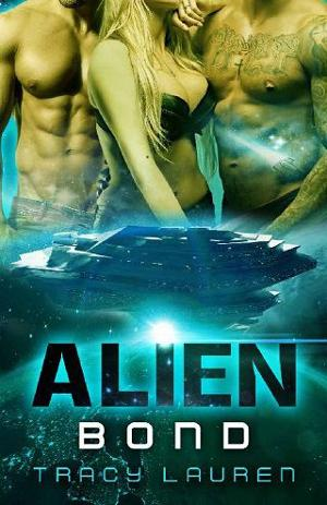 Review: Alien Bond by Tracy Lauren