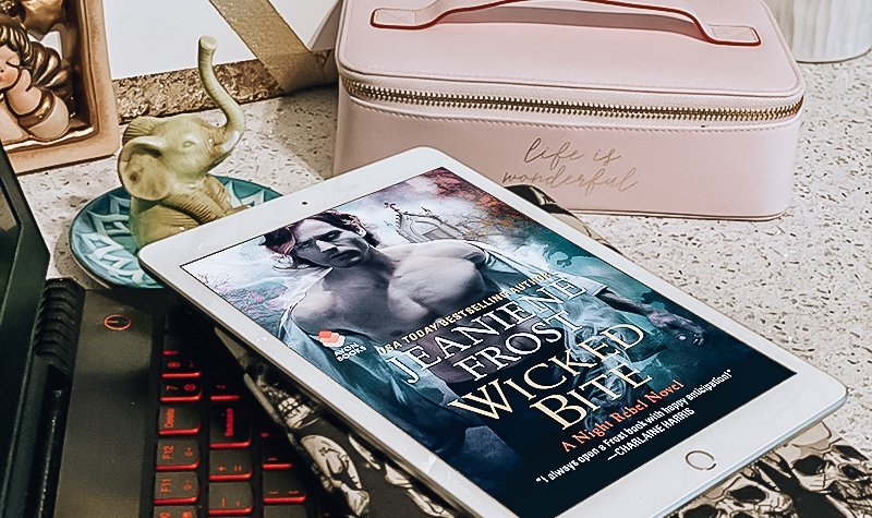 ARC Review: Wicked Bite by Jeaniene Frost