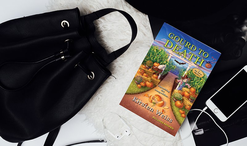 ARC Review: Gourd to Death by Kirsten Weiss