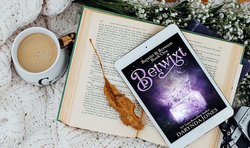 Review: Betwixt by Darynda Jones